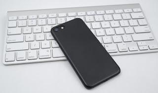 حل مشكلة اعادة تشغيل الايفون تلقائيا  , الايفون يعيد التشغيل باستمرار , حل مشكلة تكرار اعادة تشغيل الايفون