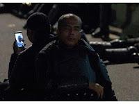 Terungkap Sosok Polisi Viral sedang Video Call dengan Anak saat Aksi 22 Mei, Ini Kisah di Baliknya