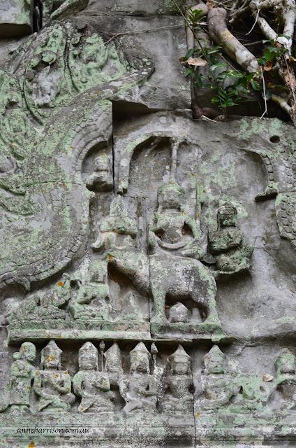Hidden Faces in Angkor Wat