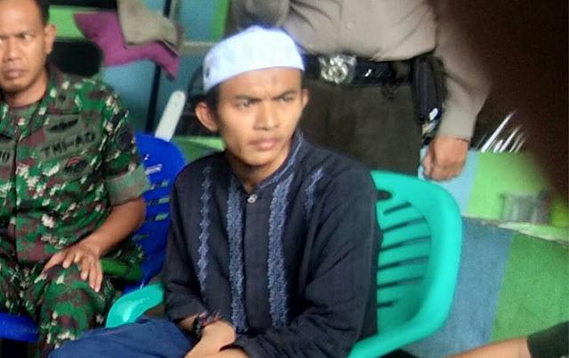 Terduga Pelaku Pembakaran Merah Putih diketahui seorang ustadz bernama Muhammad Supriadi bin Uladi (25)