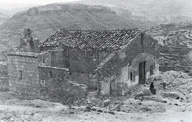 ademuz-valencia-ermita-santa-barbara-arruinada