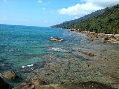 Temajuk, A Beautiful Beach Hidden in Kalimantan, hidden vacation, beautiful place, vacation place, hidden paradise in indonesia, beautiful borneo