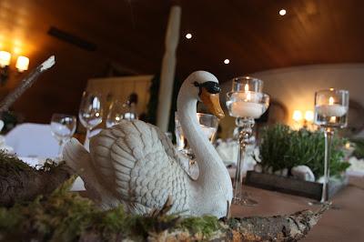 Königlich bayerischer Schwan, Trachtenhochzeit in den Bergen von Bayern, Riessersee Hotel Garmisch-Partenkirchen, Wedding in Bavaria
