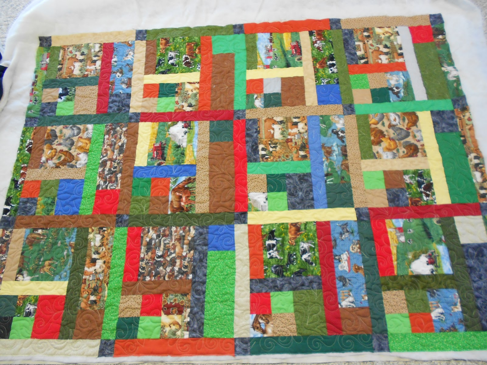 Down To Sew: A farm quilt & QCR block #2