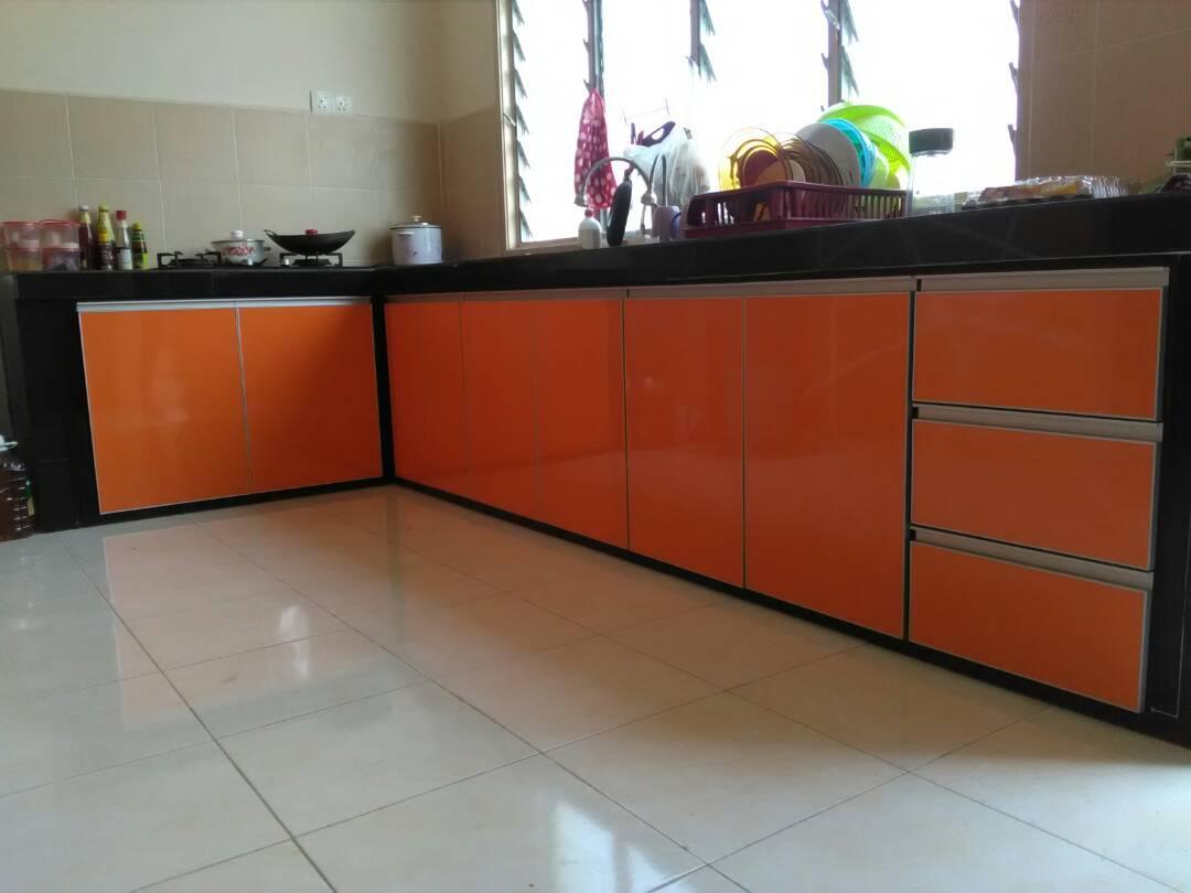 Menggunakan Material Table Top Konkrit Tile 2 X Serta Pintu Jenis Laminate Glossy Ni Memang Cantik Menawan