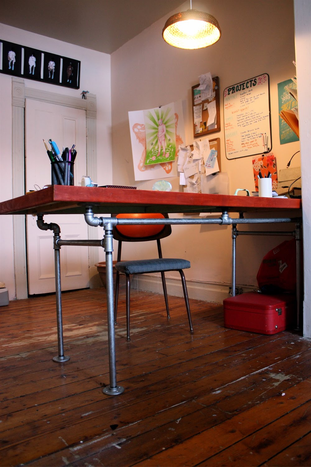 The Arting Starvist: DIY Pipe Desk with Salvaged Door