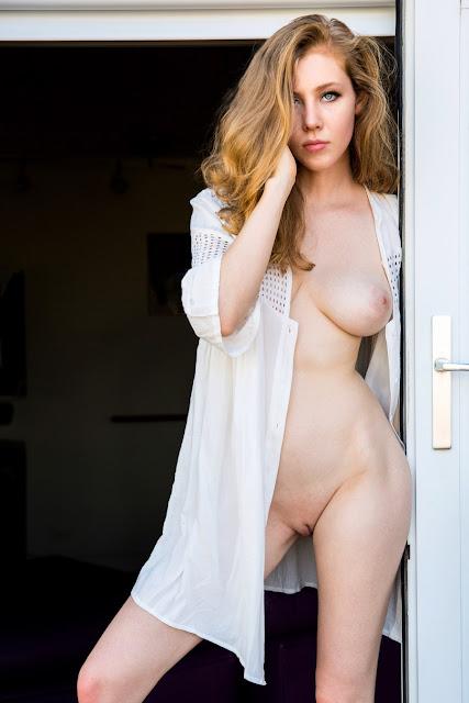 Marisa Roper upskirt