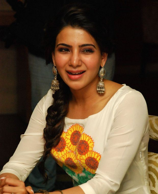 Samantha Smiling Looking Photos In White Dress