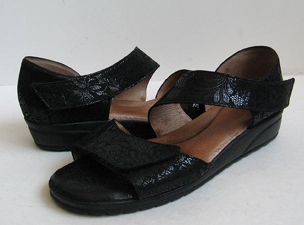 Beautifeel Black Leather Chloe Sandals Womens Size 9