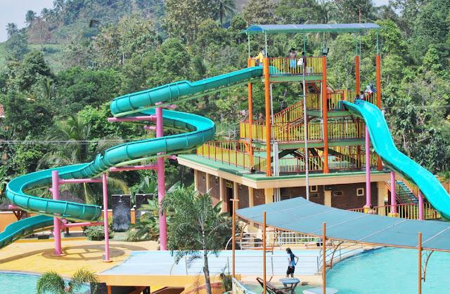 taman wisata lembah hijau