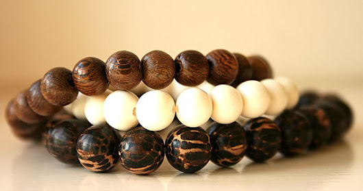 Building an I-Ching bead bracelet
