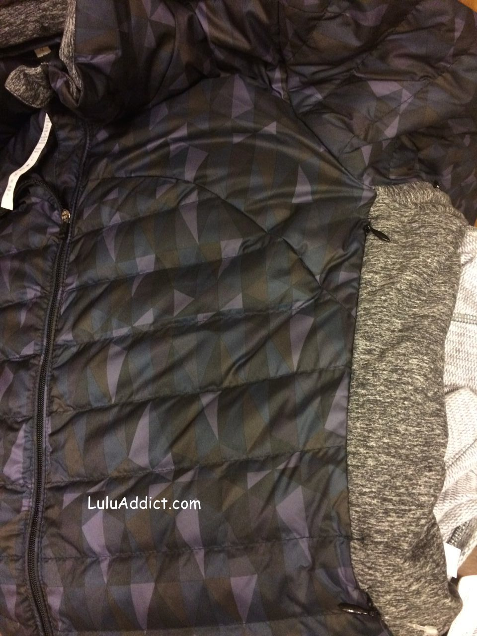 lululemon fluff off jacket stained glass