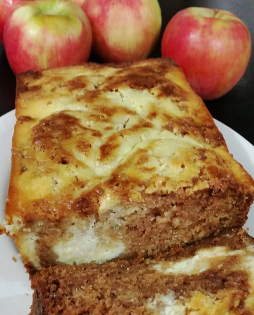 Apple Ricotta Cheese Cake Bread