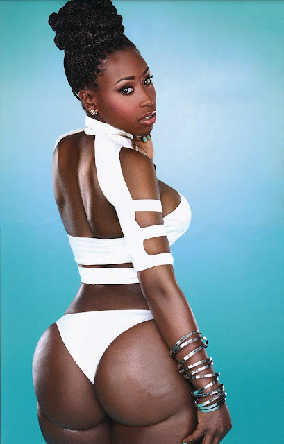 Anna Diop braless
