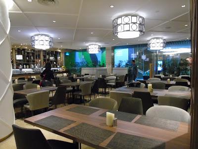 suasana ruangan adele dining restaurant