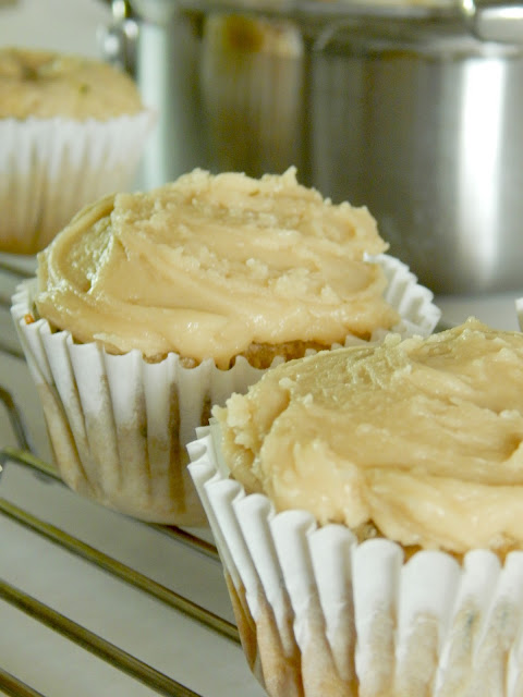 zucchini cupcakes with caramel frosting (sweetandsavoryfood.com)
