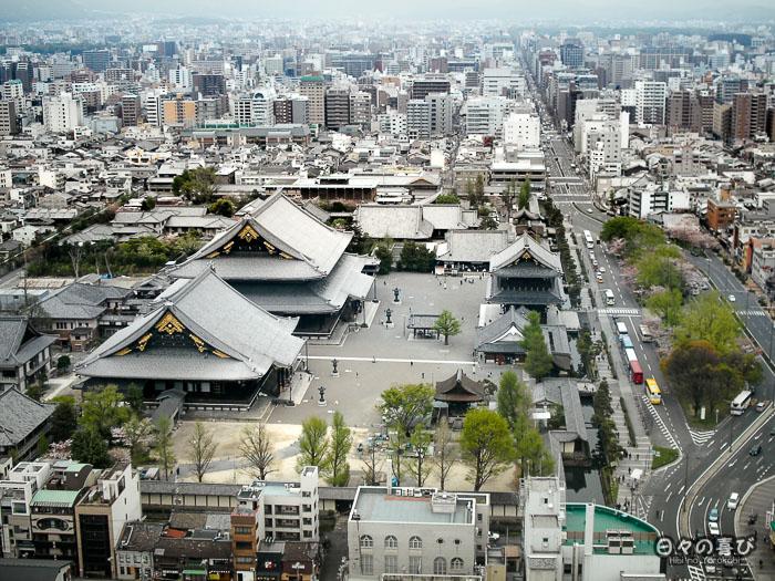 temple higashi hongan-ji, vue aérienne depuis la kyoto tower