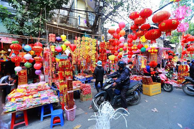 Tet market - VietNam's Essence 4