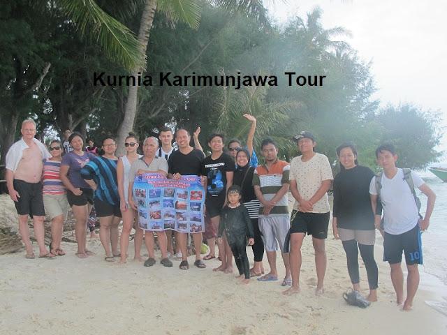 foto wisatawan kurnia karimunjawa