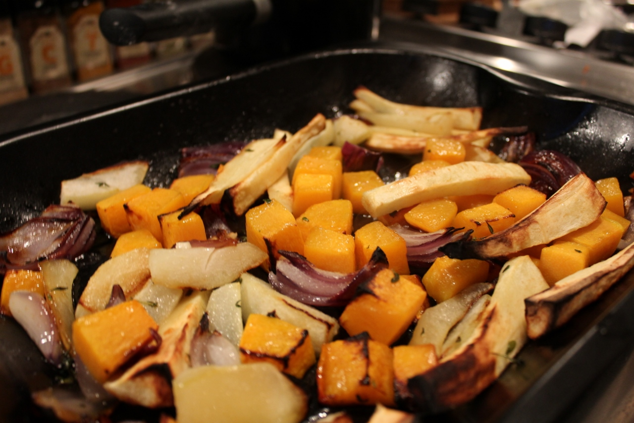Home cooking roast vegetables