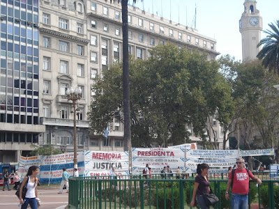 Plaza de Mayo. Local de protestos e reivindicações