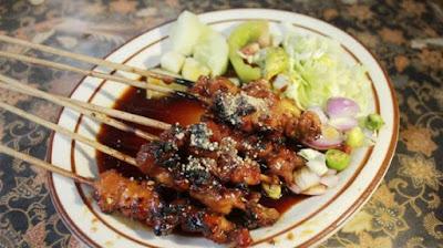 10 Kuliner Makanan Khas Sleman, Yogyakarta Yang Wajib Anda Nikmati - Sate Kelinci Kaliurang