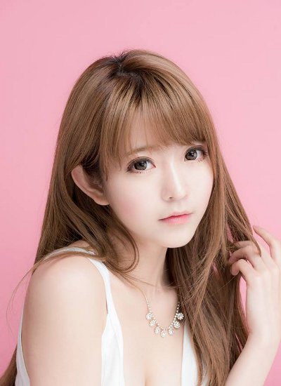 yurisa wanita super cantik ini mirip tokoh anime   hot