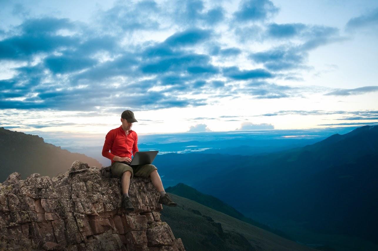 Inalberato me scrivere con il computer al mare o in montagna fa bene alla salute - Riscaldare velocemente casa montagna ...
