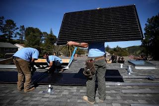 California obligaría a instalar paneles solares en todo nuevo hogar