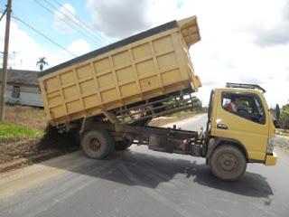 dump truck, alat angkut, truck,