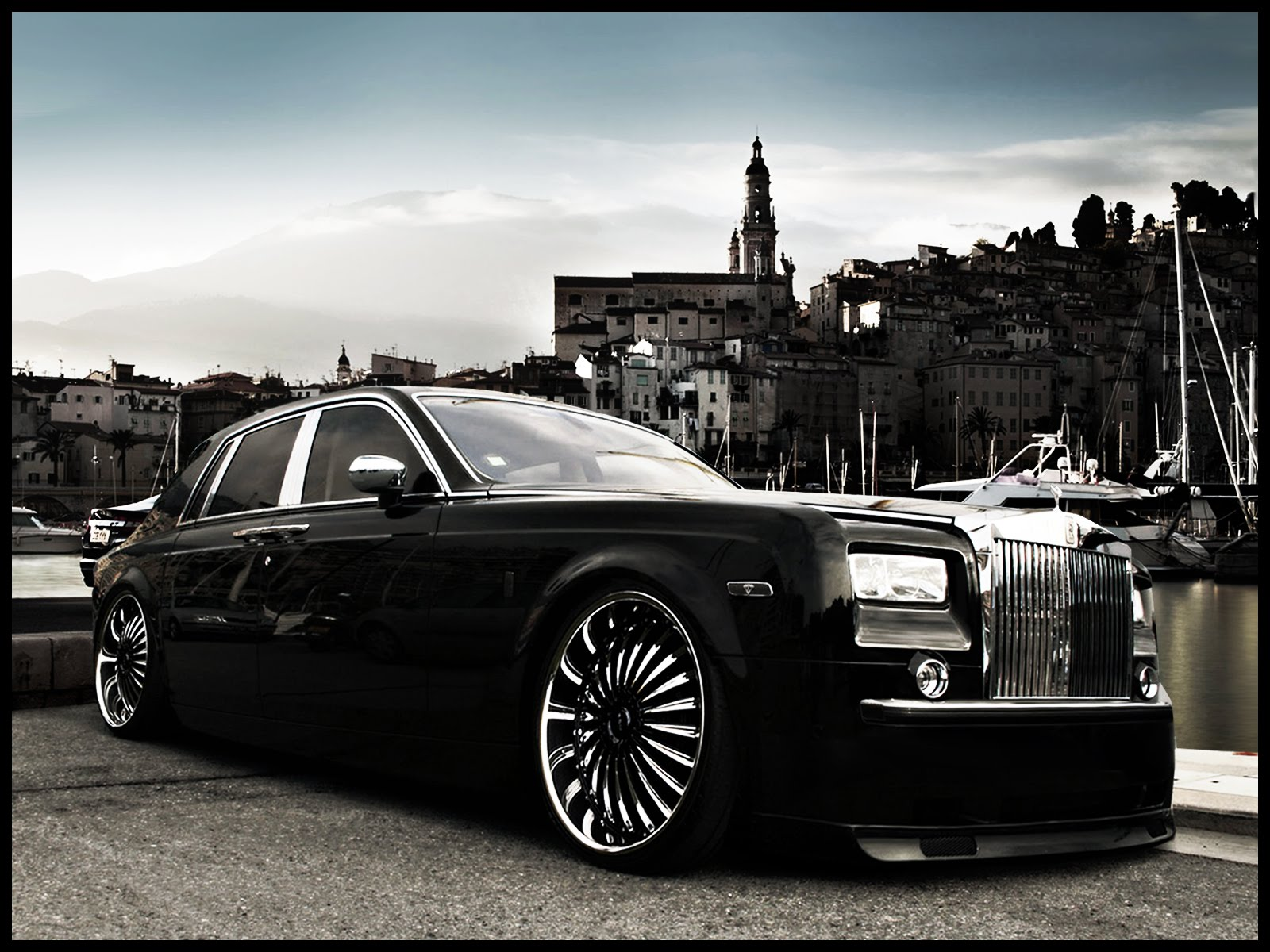 Black Picture Hd Wallpaper Ilona Wallpapers Royal Royals Car Wallpapers Latest 2011