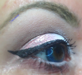 eye_makeup_look_romantic_pink