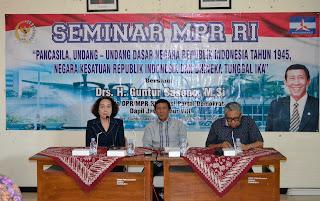 Anggota DPR RI Bekali Mahasiswa STKIP PGRI Nganjuk 4 Pilar Kebangsaan