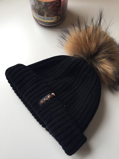 brooklyn bobble hat