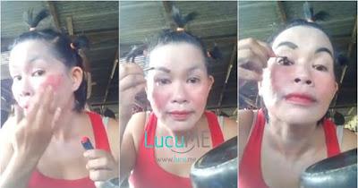 Tutorial Make-Up Super Kocak ala Emak-emak Super Irit Ini Bikin Ngakak