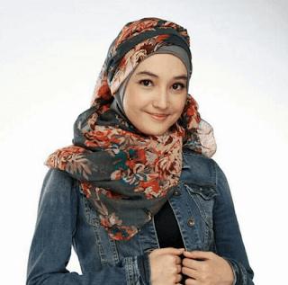 artis cantik berhijab