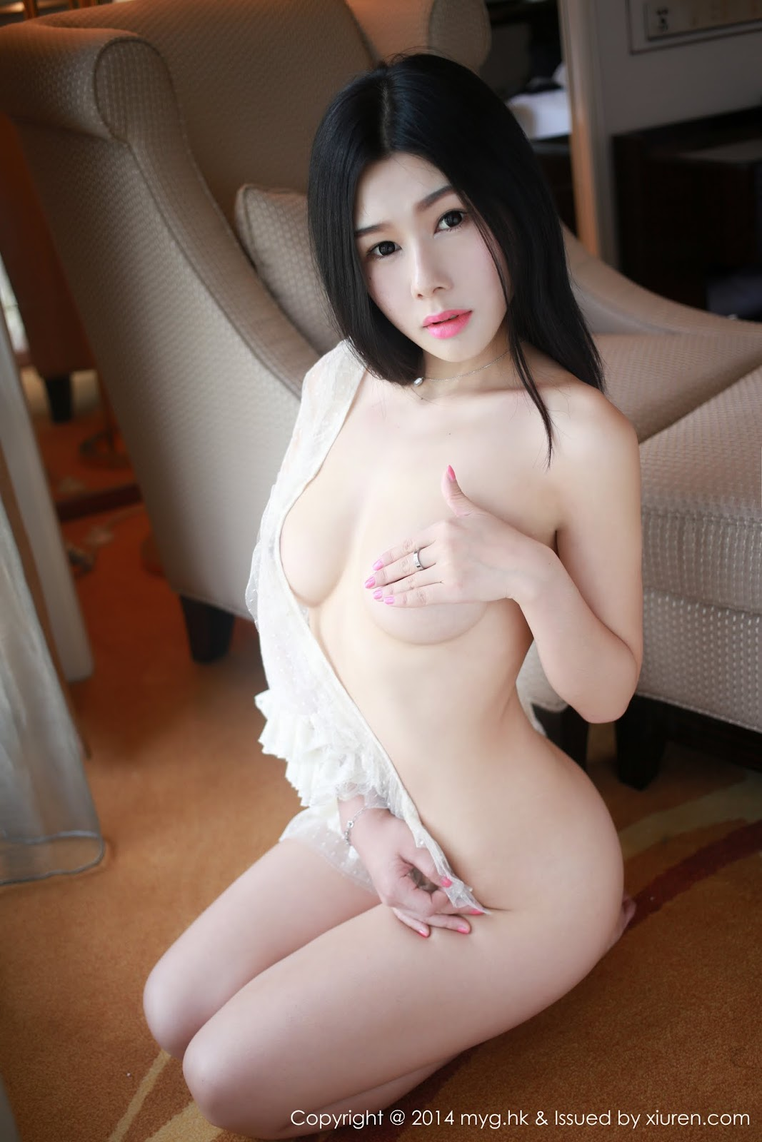0009 - Beautiful Naked Girl Model MYGIRL VOL.35