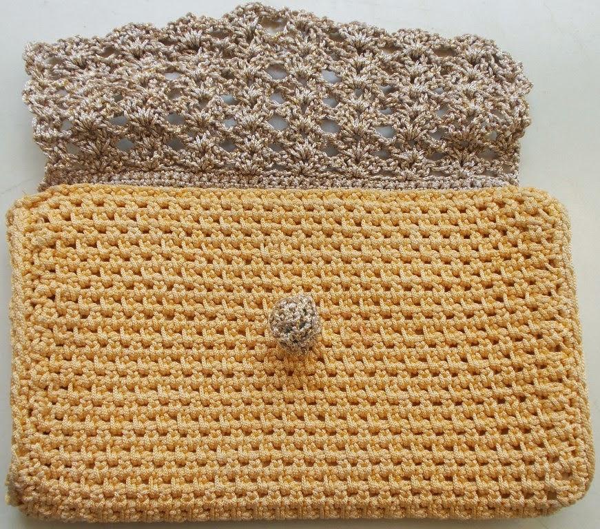 free crochet pattern, free crochet purse pattern, free crochet clutch purse pattern, Polyester purse yarn, Red rose knitting cotton, Anchor knitting cotton yarn,
