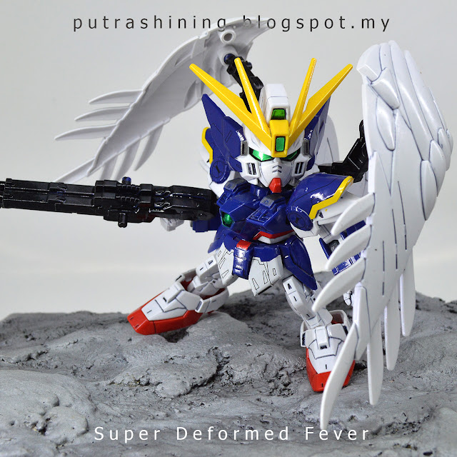 SD Gundam Ex-Standard & SDs Fever by Putra Shining