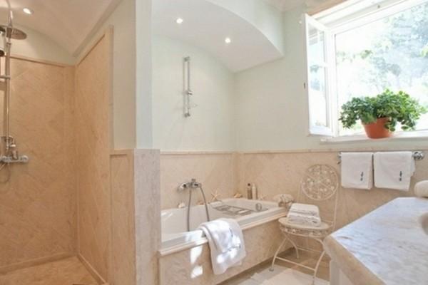 Badezimmer Klein Und Modern