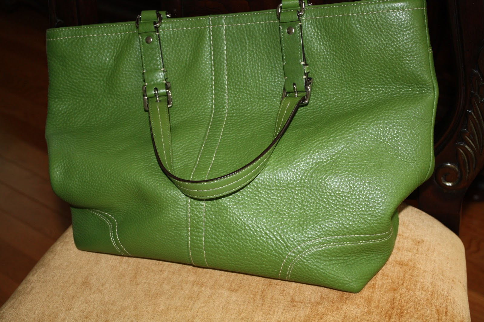 Sold For Like New Coach Hamilton Green Large Leather Purse Book Tote