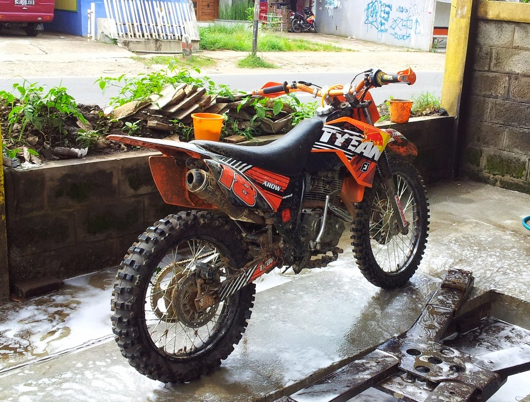 Download Ide Modifikasi Motor Trail Gl 100 Terkeren Velgy Motor