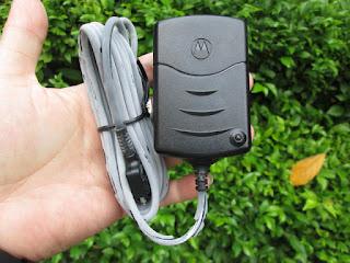Charger Motorola Startac / L-series Original Baru