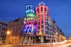 Прага танцующий дом