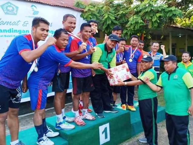 HAB Ke-73, Akhirnya Tim Volly Ball Putra Kemenag Kota Pariaman Raih Juara Pertama, Antar Kemenag Se Sumbar