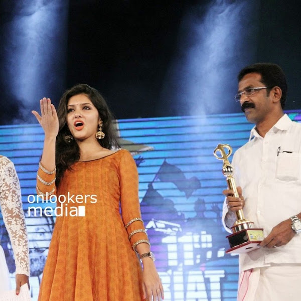 Gayathri Suresh latest photos from Ramu Kariat Awards 2015