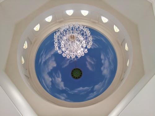Motip plapon gypsum dengan desain cet langit langit
