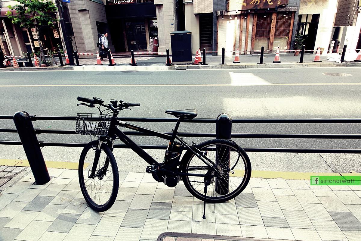 จักรยานข้างทางในกรุงโตเกียว