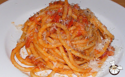 Bucatini all'amatriciana.