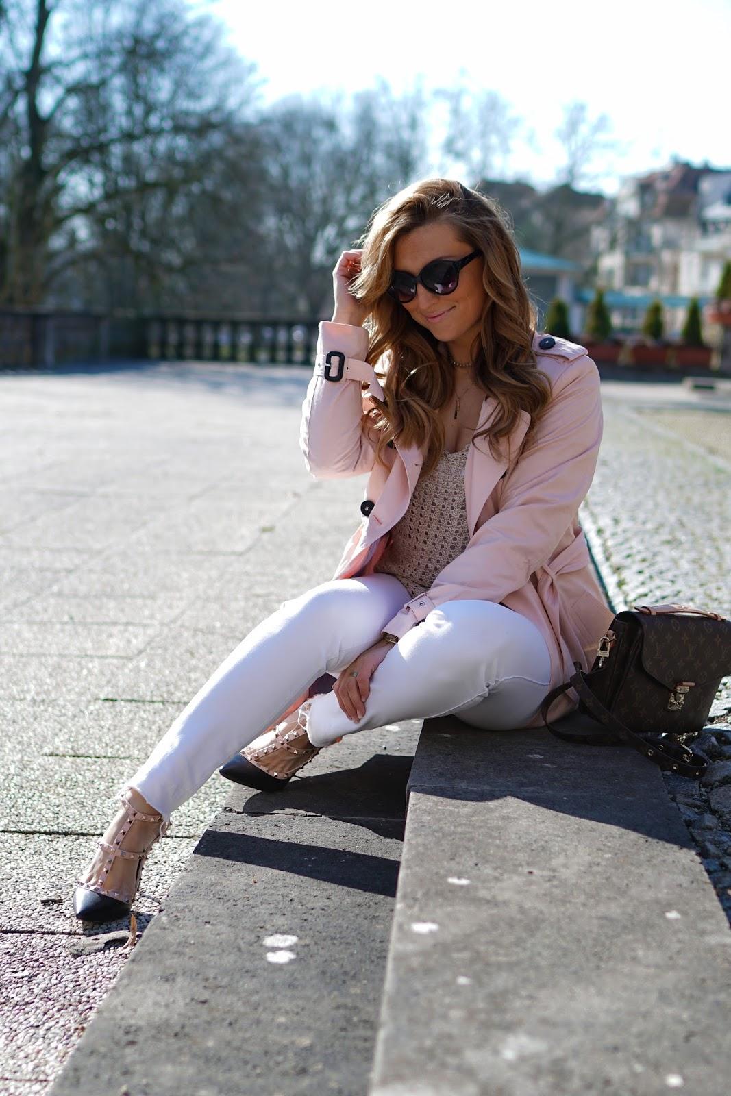 weiße jeans, was trägt man im Herbst